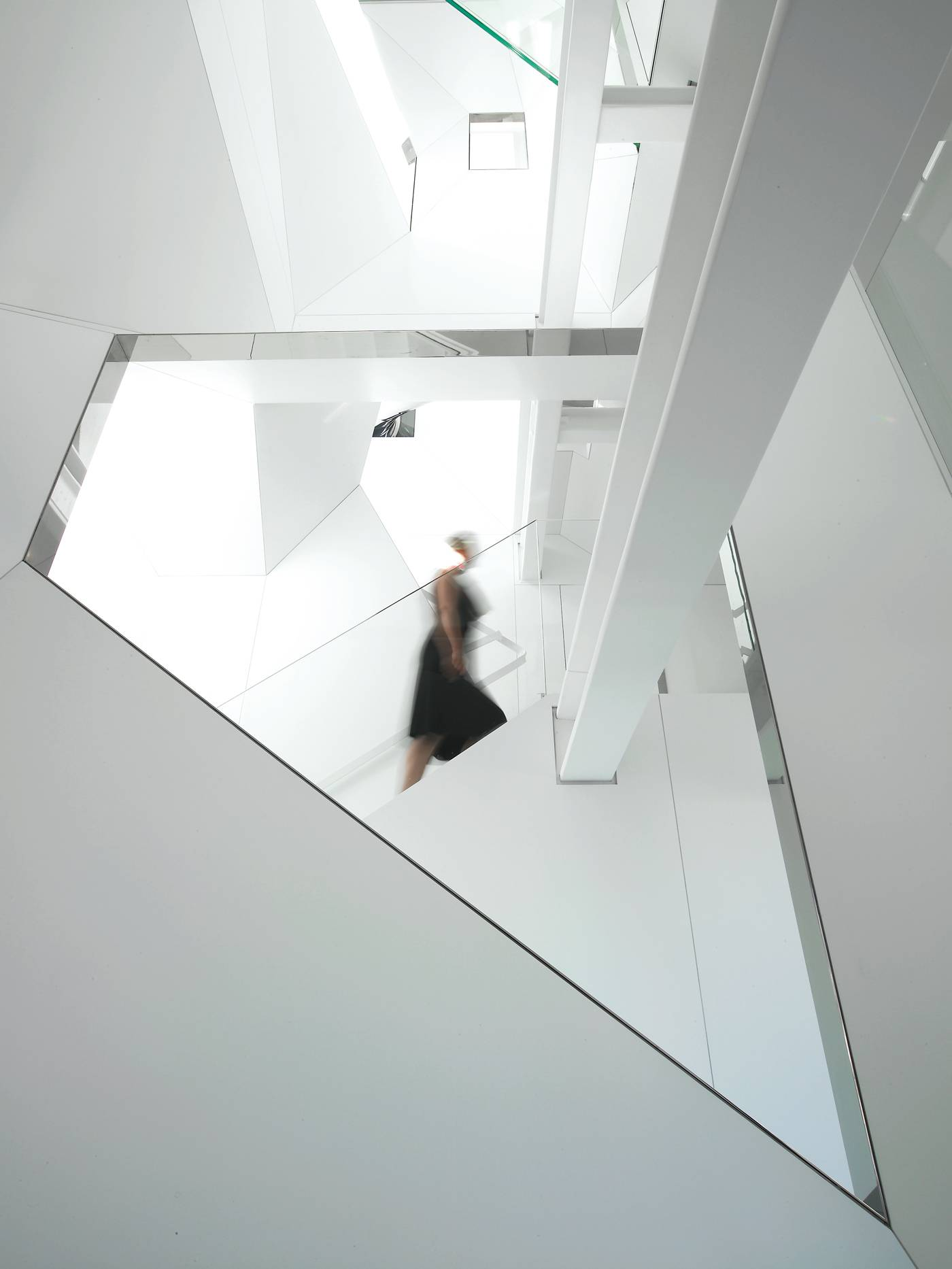 house-in-the-sky_hotson-vinas_architecture_nassau-st-nyc