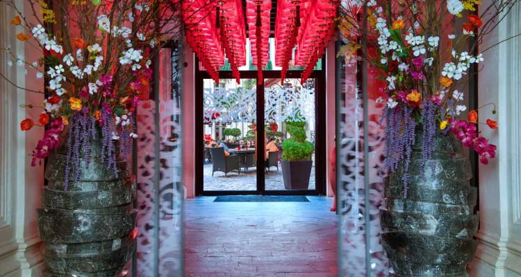 ®Christophe-Madamour-Entrée---Buddha-Bar-Hotel-Paris-L
