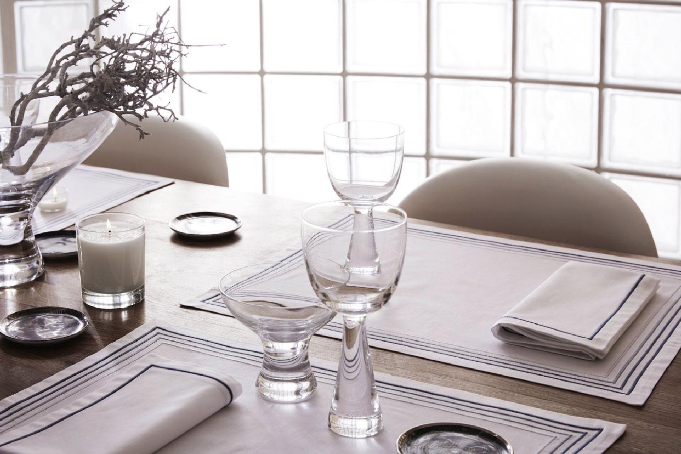 frette linge de maison elegant parure de lit sacco satin. Black Bedroom Furniture Sets. Home Design Ideas