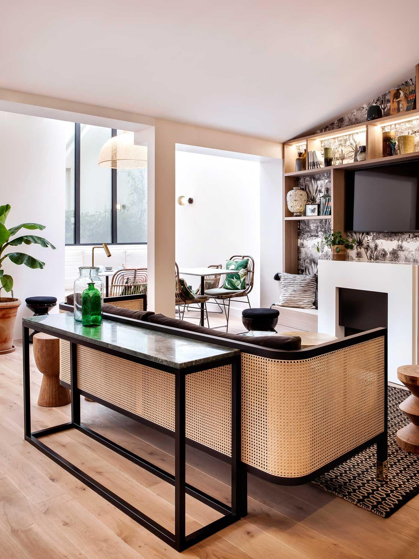 br design interieur id es d co meubles et int rieurs design residences decoration magazine. Black Bedroom Furniture Sets. Home Design Ideas