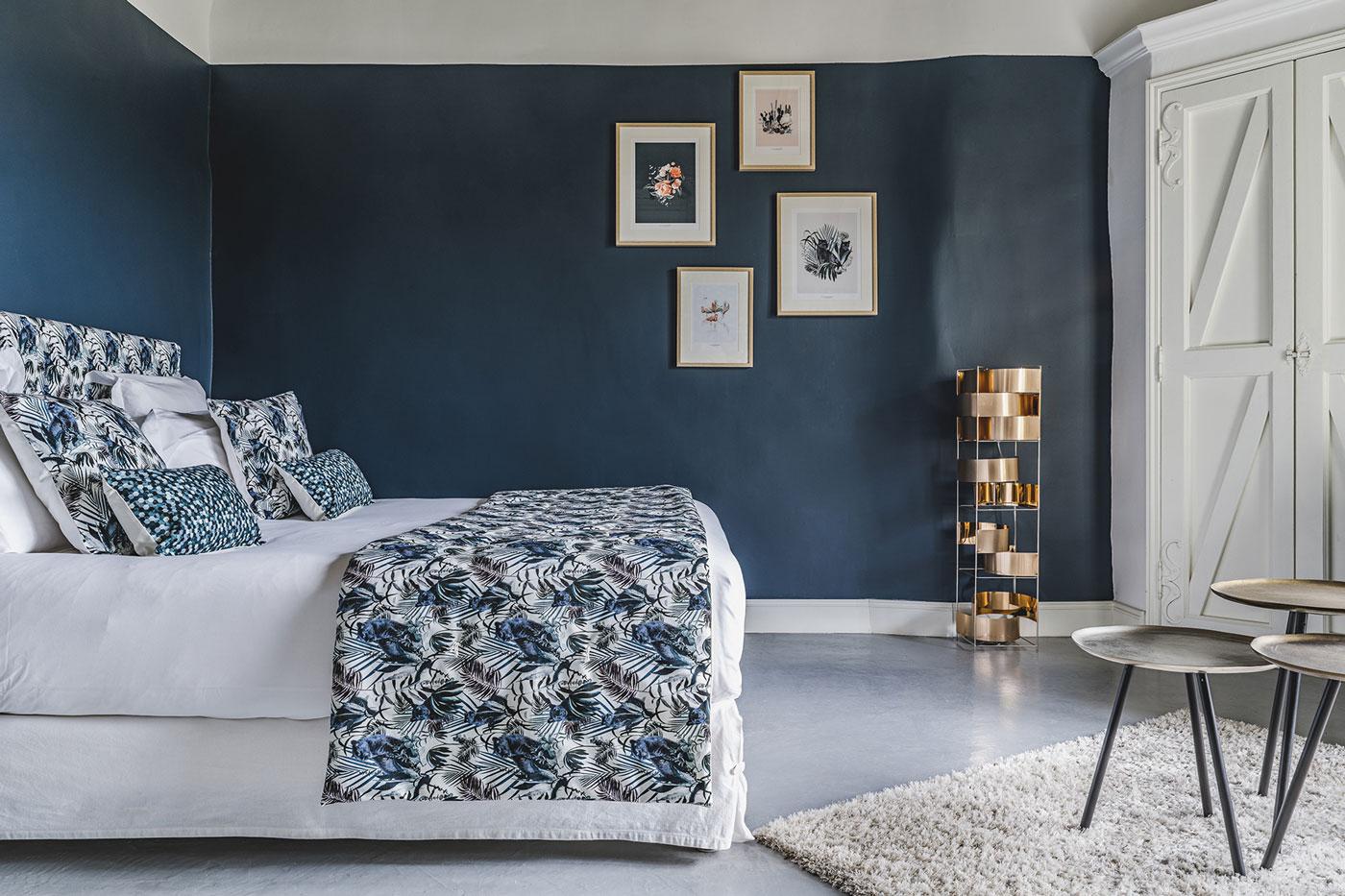 la calade une chambre sign e maison baluchon id es d co meubles et int rieurs design. Black Bedroom Furniture Sets. Home Design Ideas